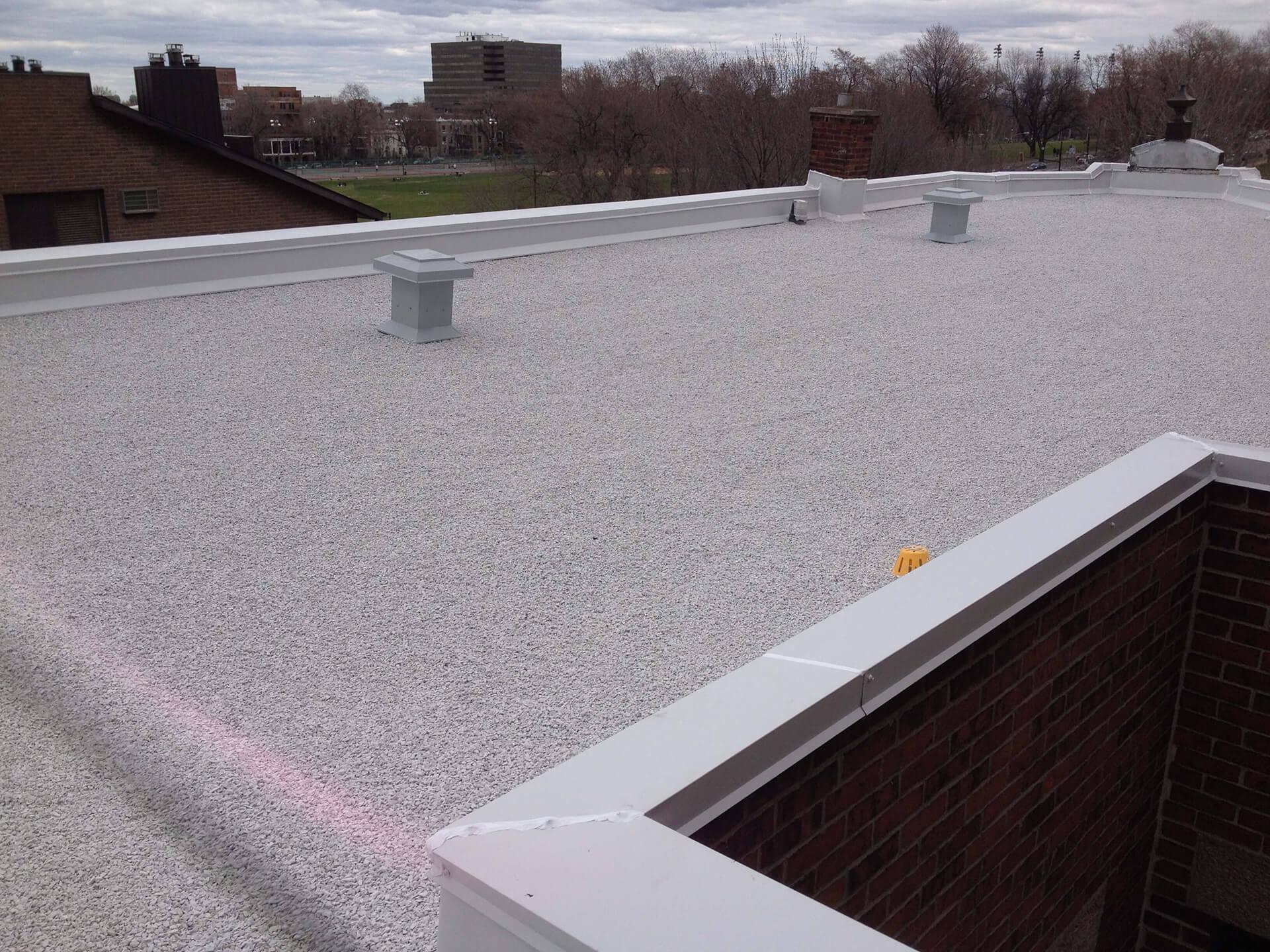 Built Up Asphalt And Gravel Roofing Toiture B 233 Langer